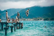 travel guide: avoid top 8 mistakes every first time traveller makes