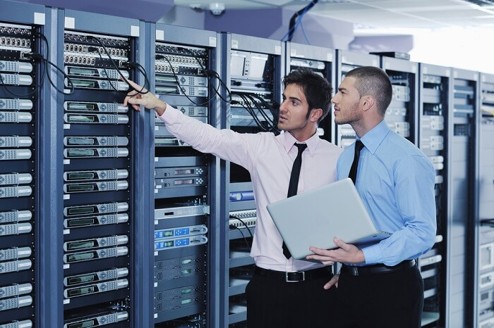 What exactly a System Engineer is & how much does a Network System Engineer make