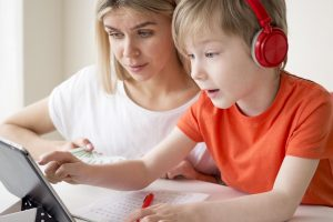 Top Subjects That Your Kids Can Learn Online in the Age of COVID-19