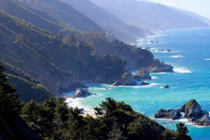 Reasons Why You Should Buy A Vacation House In Big Sur, CA