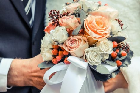 """Flowers That You Can Present On Wonderful Day Of Your Life """"Anniversary"""""""