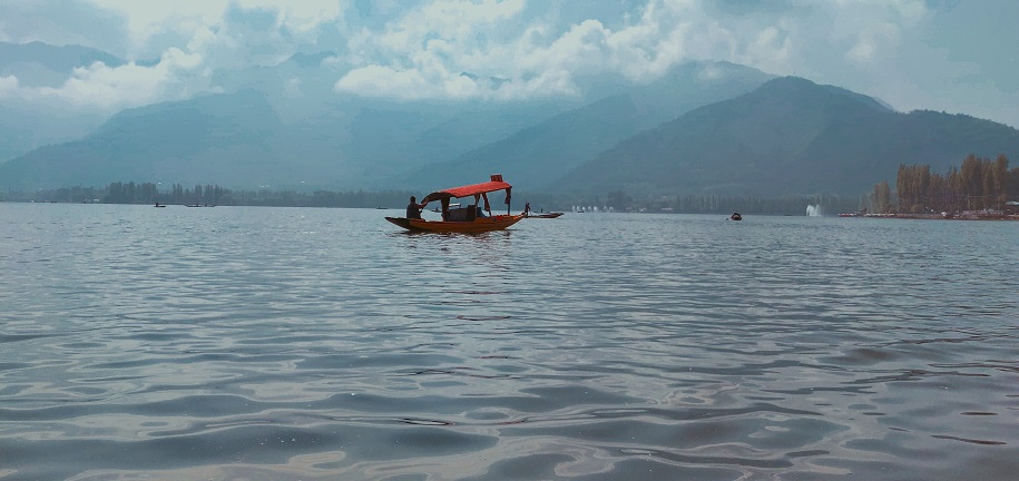 Top 10 Places to Visit in Kashmir for a Perfect Holiday