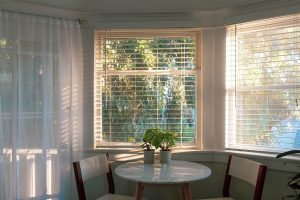 Decorate Home With the Blinds