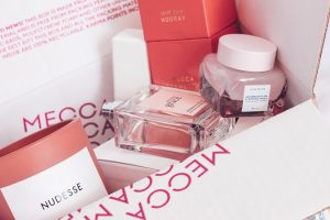 How Cosmetic Boxes Can Enhance Your Cosmetic Products