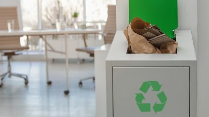 Office Cleaning 101: 4 Tips To Keep Your Workplace Organized