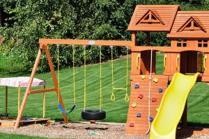 Backyard Playsets Make GREAT Gifts for the Kids